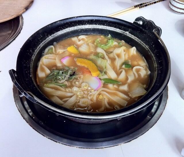 諏訪市でうどん・有名なご当地の食材を使用した料理やお鍋なら