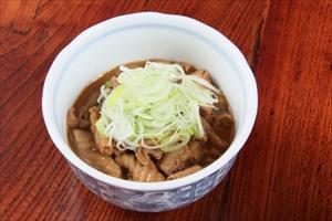 諏訪市でうどんを食べるならご当地の食材を使用した料理を提供する【和風居酒屋 黒うどん山長】へ~おいしい黒うどんが有名~
